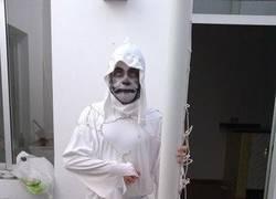Enlace a Disfrazarse de Gol Fantasma en Halloween