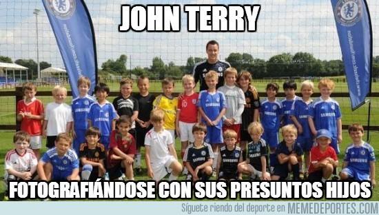 35018 - John Terry, padre de familia numerosa