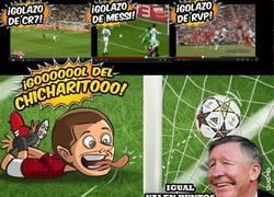 Enlace a Los goles de Chicharito, aunque sean raros, también valen