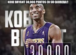 Enlace a Kobe Bryant, 30.000 puntos en su carrera
