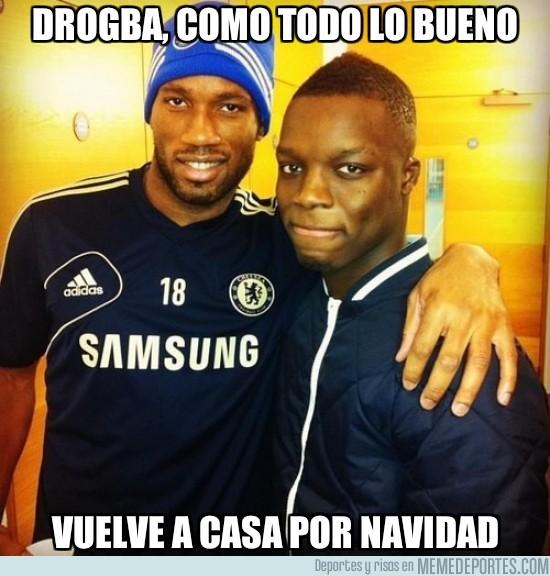 48729 - Drogba vuelve a entrenarse con el Chelsea para no perder la forma
