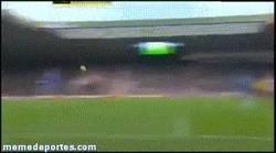 Enlace a GIF: Gol de Torres al Sunderland. Está en racha