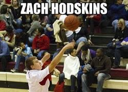 Enlace a ZACH HODSKINS