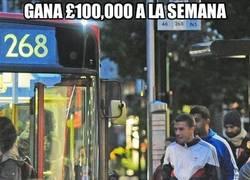 Enlace a Gana £100,000 a la semana
