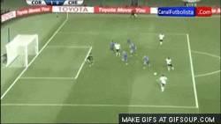 Enlace a GIF: Gol de Paolo Guerrero para darle el Mundial de Clubes a Corinthians