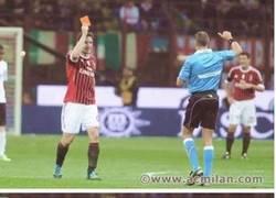 Enlace a Van Bommel, trolleando al árbitro