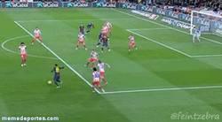 Enlace a Golazo de Adriano contra el Atlético
