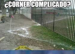 Enlace a ¿Corner Complicado?