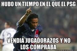 Enlace a La leyenda de Ronaldinho empezó en el PSG