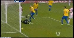 Enlace a GIF: Golazo de Jones (Stoke City)