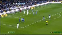 Enlace a GIF: Gran gol de falta de Cristiano Ronaldo contra la Real Sociedad