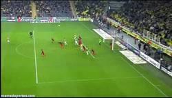 Enlace a GIF: El gol de Miroslav Stoch, ganador del premio Puskas