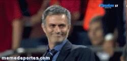 Enlace a GIF: Mourinho cuando le proponen sacar a Iker de titular