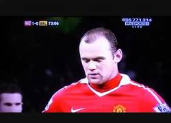 Enlace a VÍDEO: Rooney se une al selecto club de Ramos y Neymar