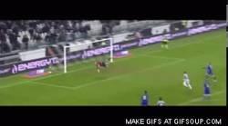 Enlace a GIF: Golazo de Pogba para la Juve, gran promesa