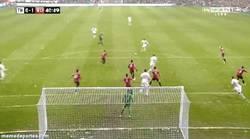 Enlace a GIF: Paradón de De Gea a Gareth Bale