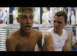 Enlace a VÍDEO: Neymar ya practica el español, ¿por qué será?