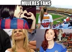 Enlace a Mujeres fans, ¿qué sería el fútbol sin ellas?