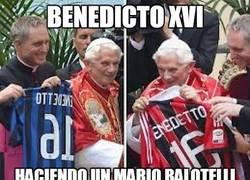 Enlace a Benedicto XVI, un chaquetero