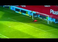 Enlace a VÍDEO: Golazo de Jordi Amat desde 40 metros al Valladolid