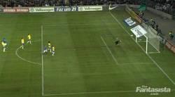 Enlace a GIF: Golazo de Mario Balotelli Italia vs Brasil