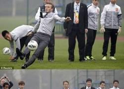 Enlace a Aún cayendo, David Beckham tiene estilo