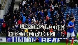 Enlace a Los cachondos de los aficionados del Glasgow Rangers