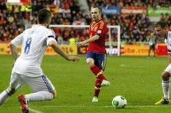 Enlace a Iniesta imitando a Ronaldinho