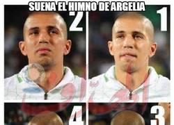 Enlace a Suena el himno de Argelia