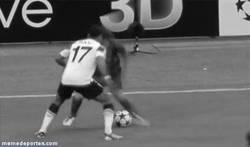 Enlace a GIF: Messi vs Nani [Remember]