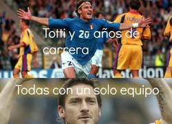 Enlace a ¡Felices 20 Totti!
