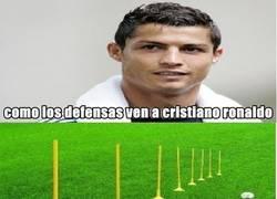 Enlace a Cristiano Ronaldo y la defensa
