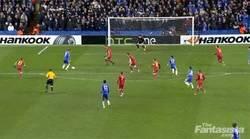Enlace a GIF: ¿Qué ven mis ojos? ¿Gol de Torres en Europa League?