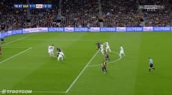Enlace a GIF: Marca pocos goles, pero éste clasifica al Barça para semis