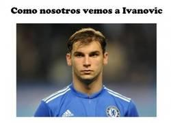 Enlace a Como Luis Suárez ve a Ivanovic...