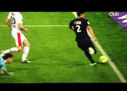 Enlace a VÍDEO: Thiago Silva, a punto de hacer un gol perfecto