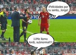 Enlace a El porqué del balonazo de Jordi Alba a Robben por @andujar46