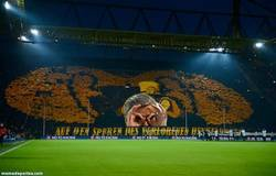 Enlace a GIF: Mural vs Dortmund