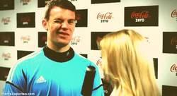 Enlace a GIF: Neuer, ¿crees en la remontada del Barça?