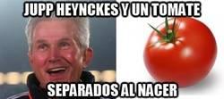 Enlace a Jupp Heynckes y un tomate