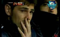 Enlace a Iker suelta lágrimas tras ver el segundo gol del Atlético