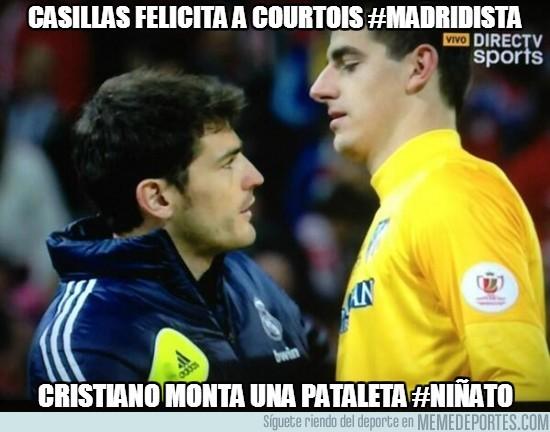 134269 - Casillas felicita a Courtois #Madridista