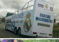 Enlace a Así era el autocar de la rúa del Madrid
