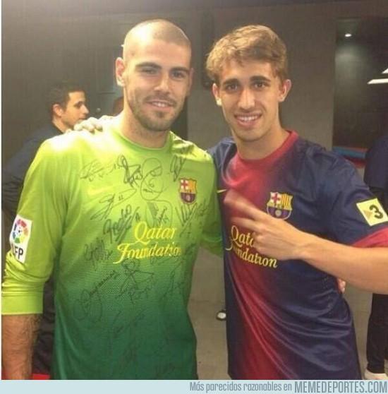 136406 - Se acerca su adiós, camiseta firmada por todos los jugadores del Barça
