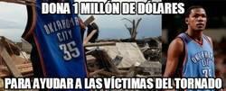 Enlace a Dona 1 millón de dólares para ayudar a las víctimas del tornado