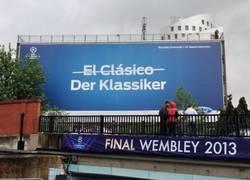 Enlace a La UEFA cachondeándose de los españoles