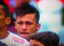 Enlace a Neymar en su último partido con el Santos