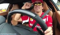 Enlace a GIF: Fernando, ¿qué piensas de la carrera de hoy?