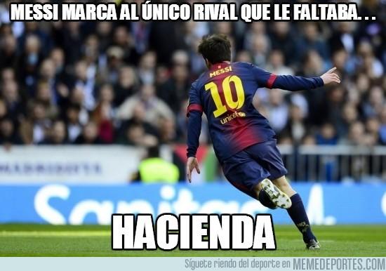 149359 - Messi marca al único rival que le faltaba