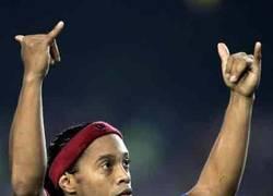 Enlace a Algunas pocas palabras dirigidas al gran Ronaldinho